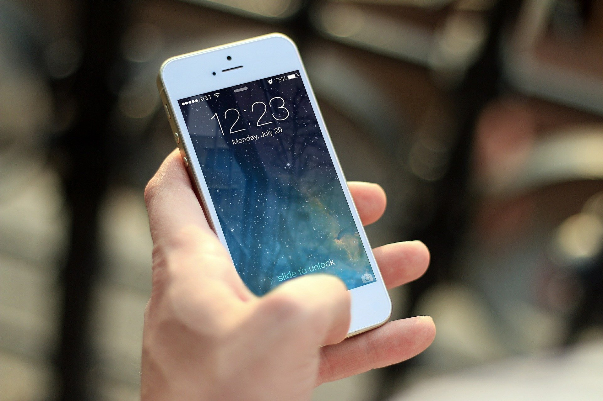 Mobile chi Atmakatha in Marathi | मोबाइलची आत्मकथा / मनोगत मराठी निबंध